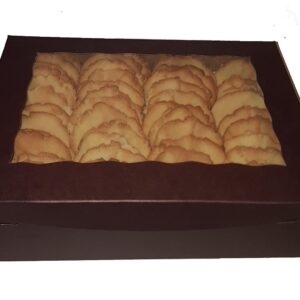 "Medium Box <br /> <span style=""font-size: 11px !important;"">50 large cookies</a>"